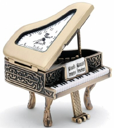 CKs65A - Fancy Piano Clock